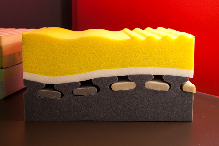 Il Materasso In Lattice Va Girato.Tipologie Di Materasso E I Materiali